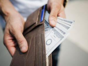 Money mistakes that are easy to fall into